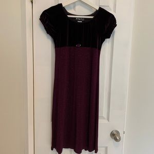 All That Jazz Deep Purple Short Sleeve Dress